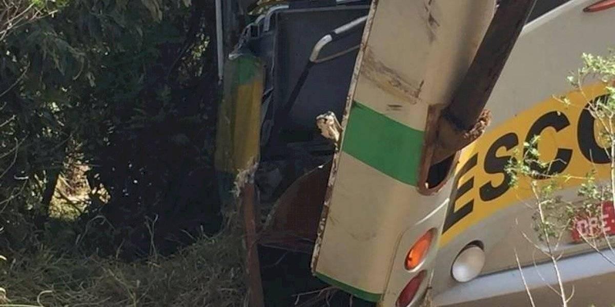 Ônibus escolar do acidente com 3 mortos em Itapeva não tinha cinto de segurança