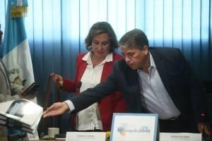 Sandra Torres se reúne con alcalde de Villa Nueva, Edwin Escobar