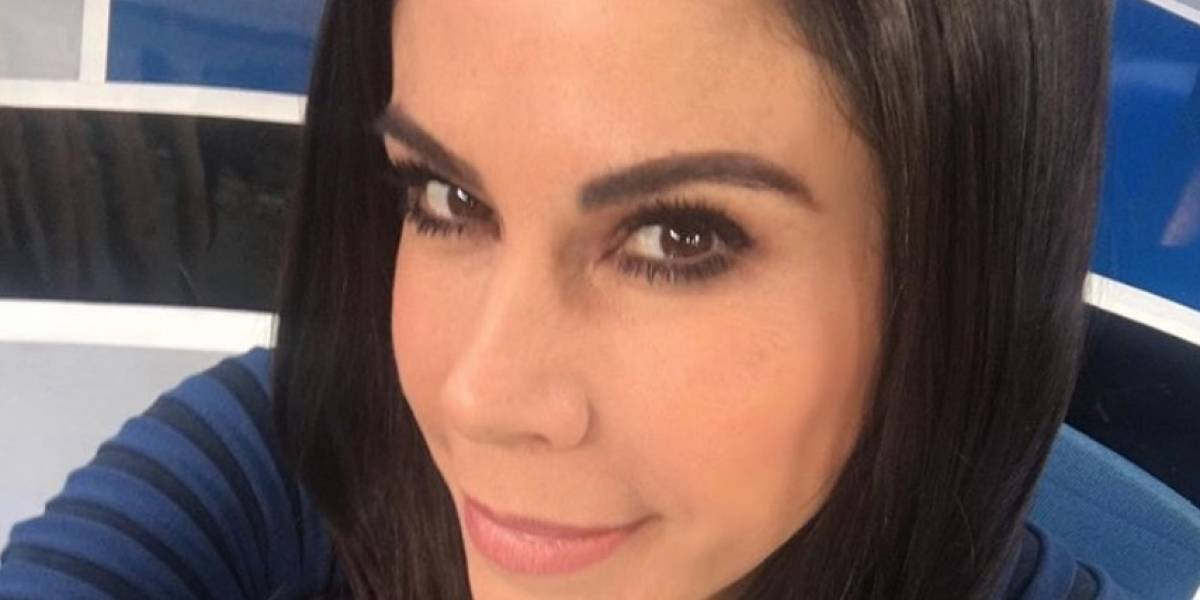Paola Rojas deslumbra con sensual atuendo durante noticiero
