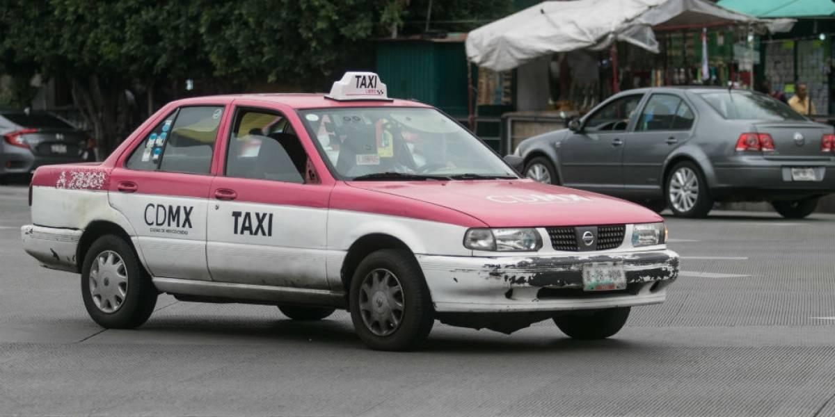 Mujer sale a festejar cumpleaños y la viola taxista cuando regresaba a casa