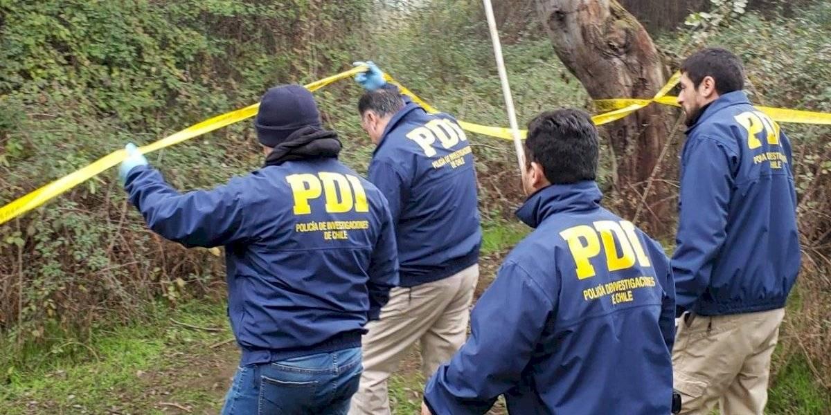 Nuevo ataque en La Araucanía: encapuchados roban camioneta y luego le queman la vivienda a la víctima