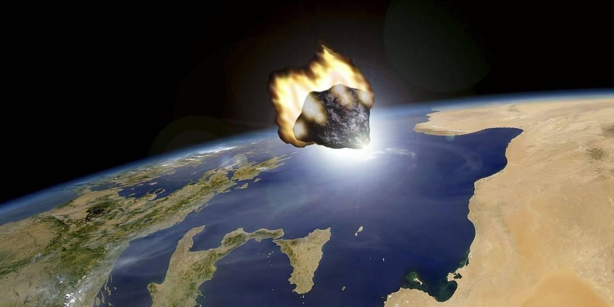 Asteroide gigante casi impacta en la Tierra y la destruye