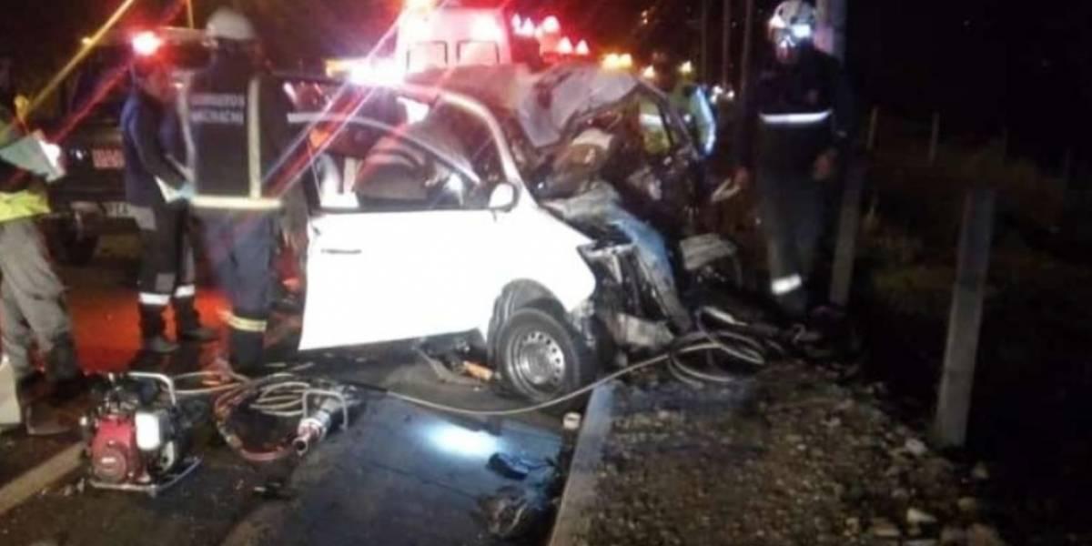 Tres personas heridas y una fallecida por accidente de tránsito en la Panamericana sur, sector Tambillo