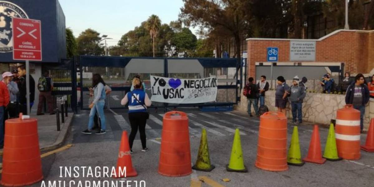 """Colectivo estudiantil cierra """"por tiempo indefinido"""" campus central de la Usac"""