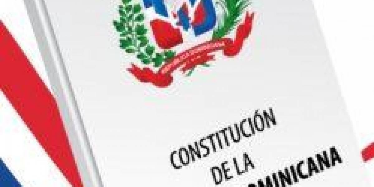 """Piden """"dejar de hablar"""" de reformas constitucionales"""
