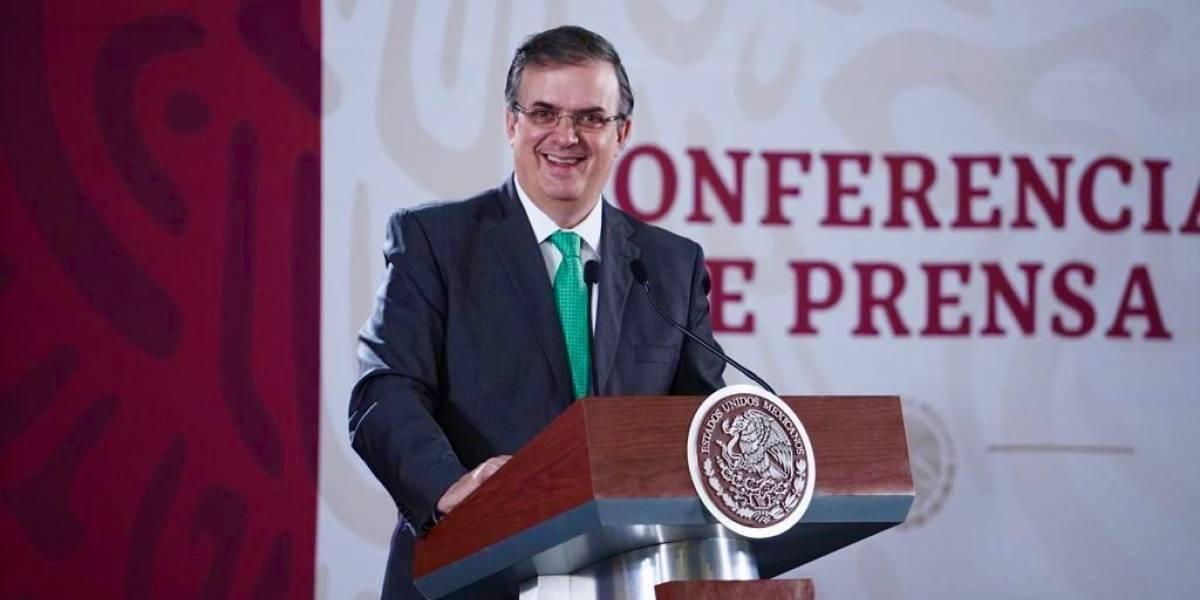 Flujo migratorio de México a EU continúa a la baja, reporta Ebrard