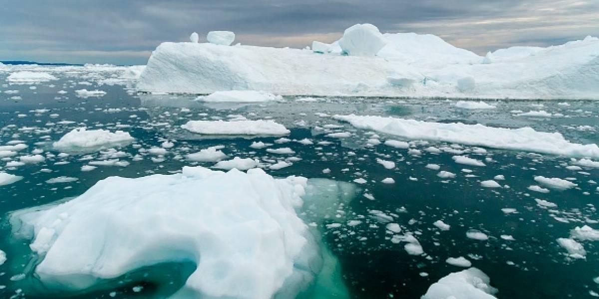 Como 266 millones de ballenas apiladas: ola de calor que asfixió a Europa se extiende a Groenlandia y en una semana podría derretir 40 gigatoneladas de hielo