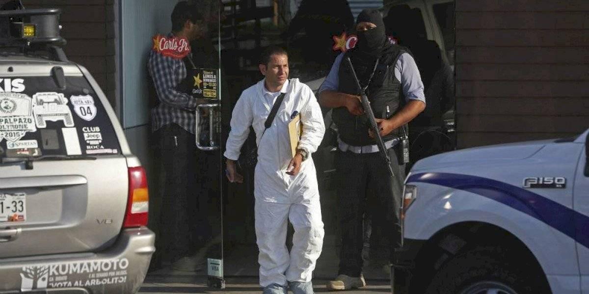 Se registra balacera en plaza comercial de Zapopan; hay al menos 2 muertos