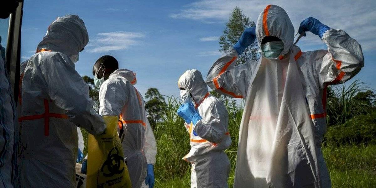 Ruanda cierra su frontera con Congo por brote de ébola