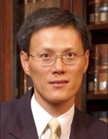 Prof Lin Feng Director del Centro de Educación Judicial e Investigación Universidad de la ciudad de Hong Kong