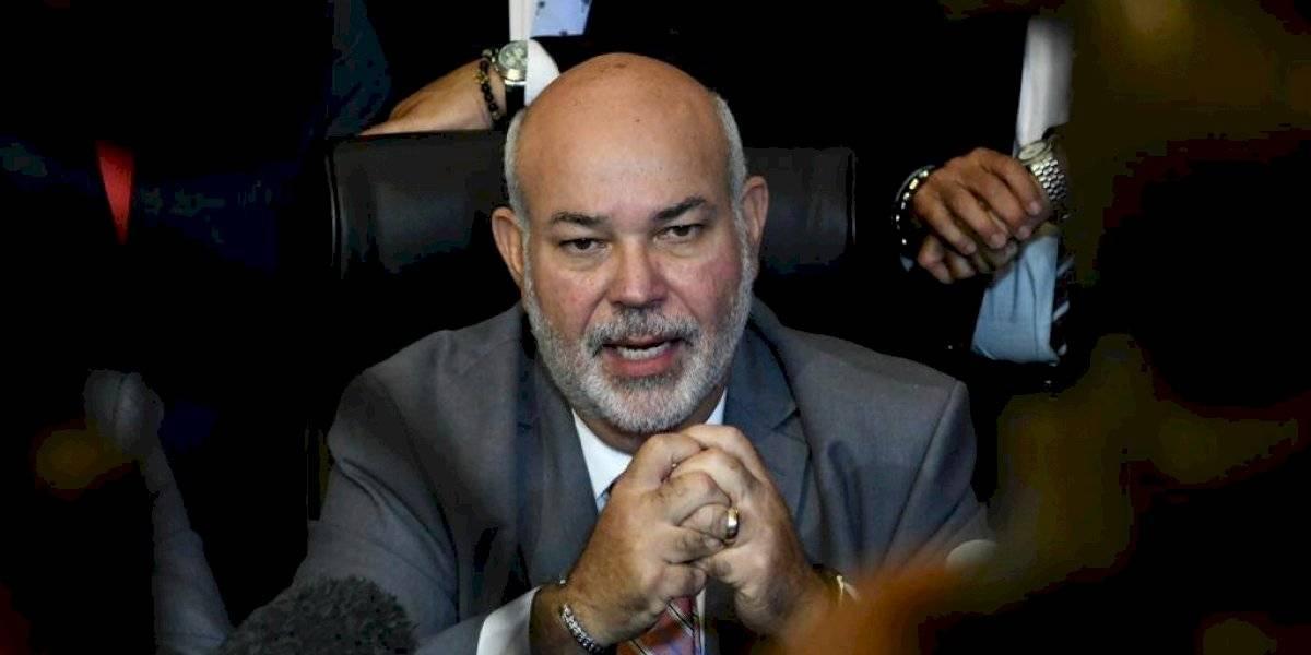 Caucus PNP en la Cámara elige a 'Johnny' Méndez como portavoz de la minoría