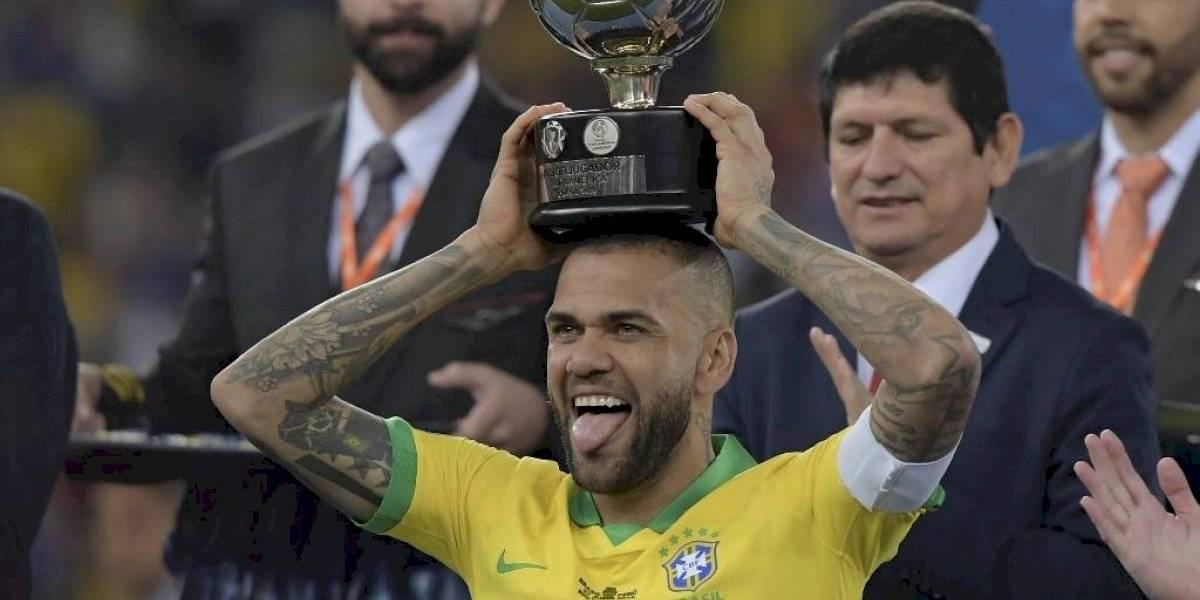 El destino de Dani Alves podría ser Sudamérica