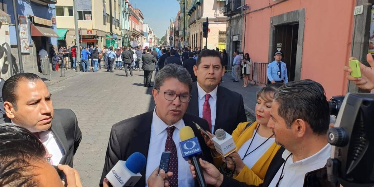 Monreal llama a la conciliación entre partidos de Puebla