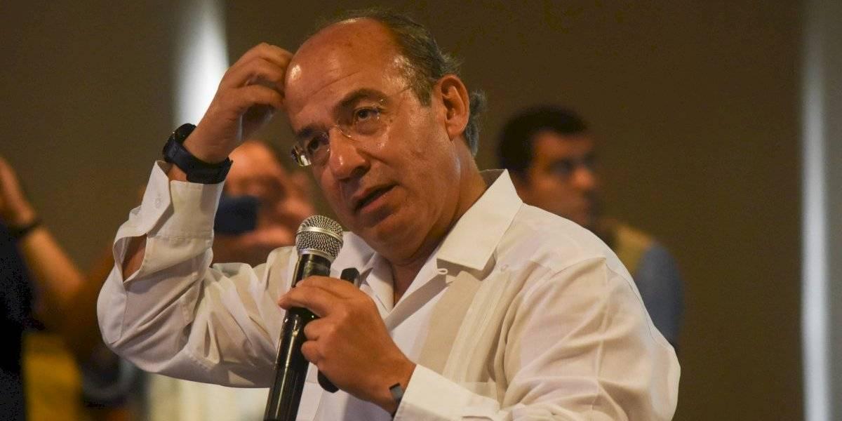 Calderón hundió al país tras fraude del 2006, acusa López Obrador