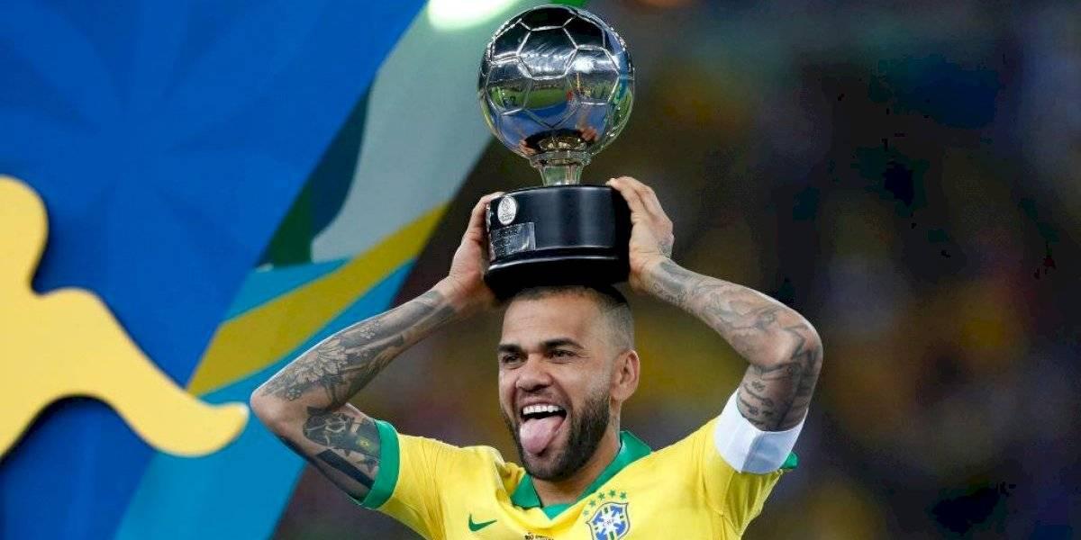 Fin al misterio: Dani Alves vuelve a Sudamérica y es nuevo refuerzo de Sao Paulo FC