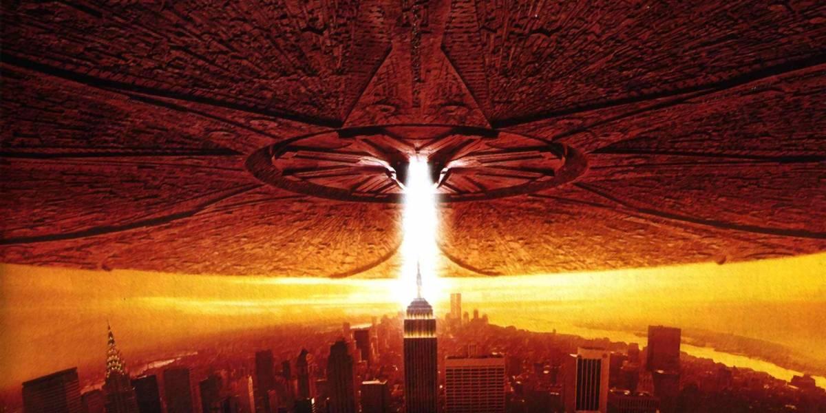 """Aterradora advertencia: científico considera posible que los extraterrestres ya vengan camino a la Tierra para """"comer, esclavizar o destruir"""" a la humanidad"""