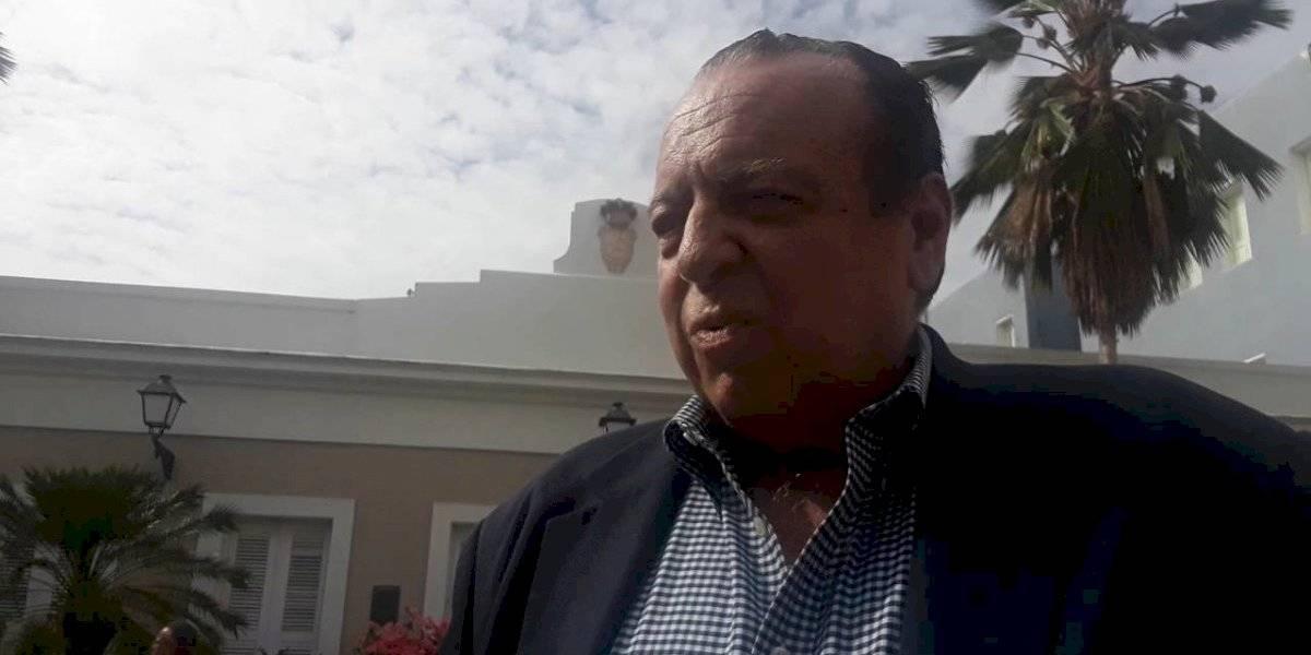 """Jorge Raschke bendice a Rosselló y critica """"las asquerosidades"""" en las protestas"""