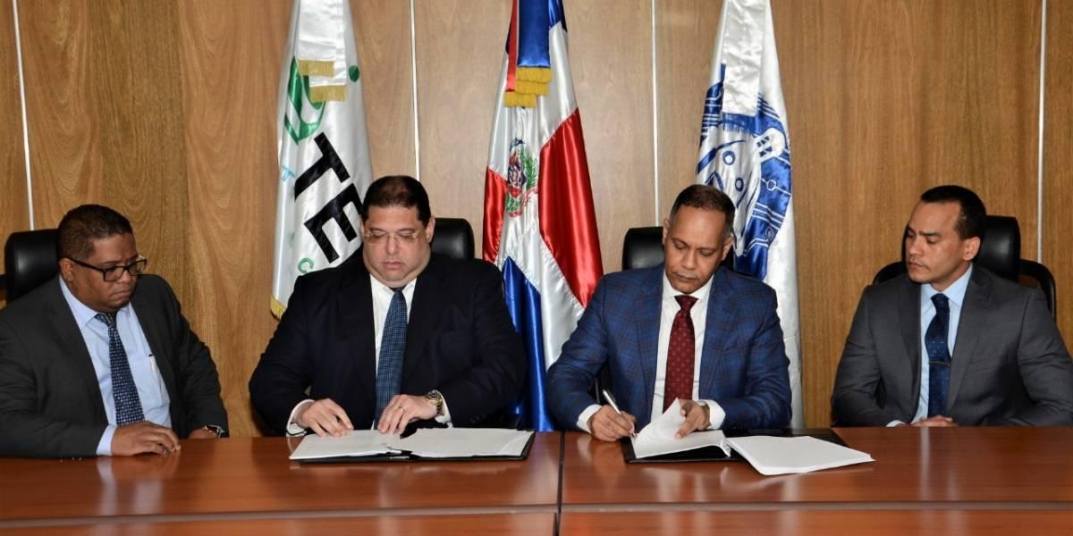 Lotería Nacional y la OPTIC firman convenio de asistencia tecnológica