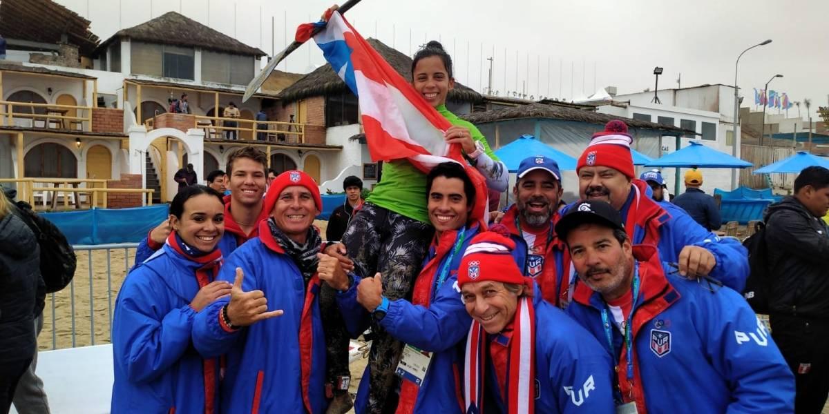 Maricarmen Rivera la primera medalla de surfing