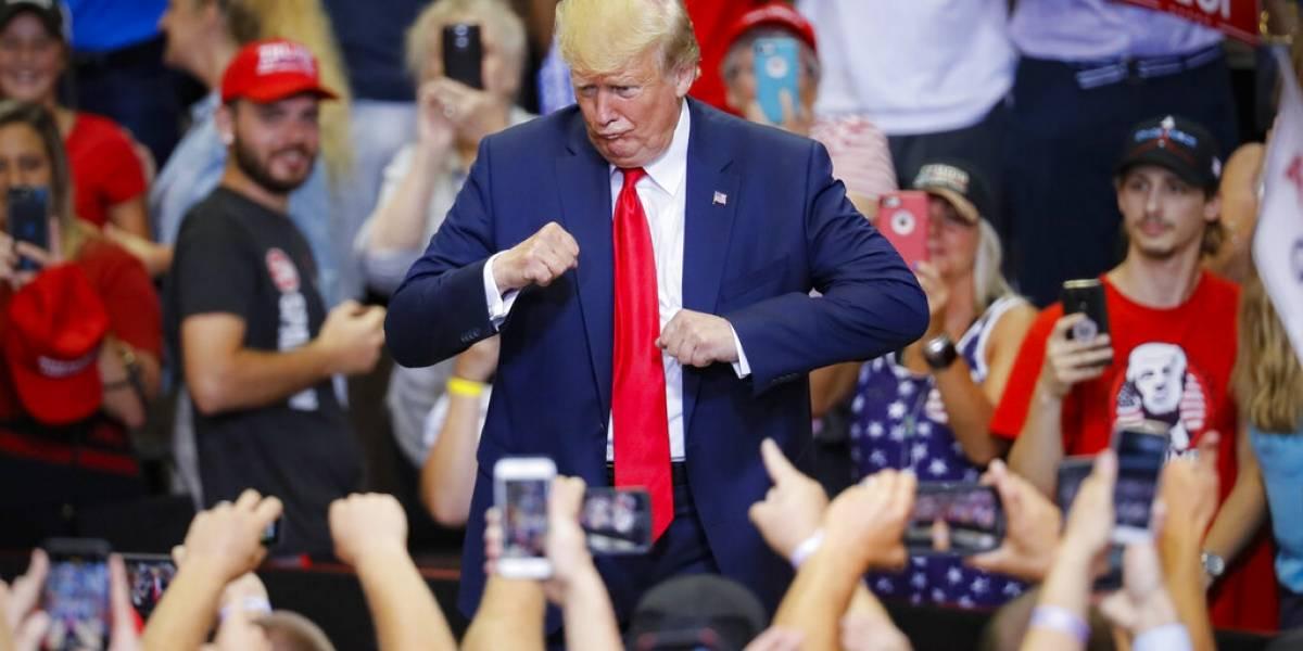 Trump ataca indirectamente a demócratas durante mitin