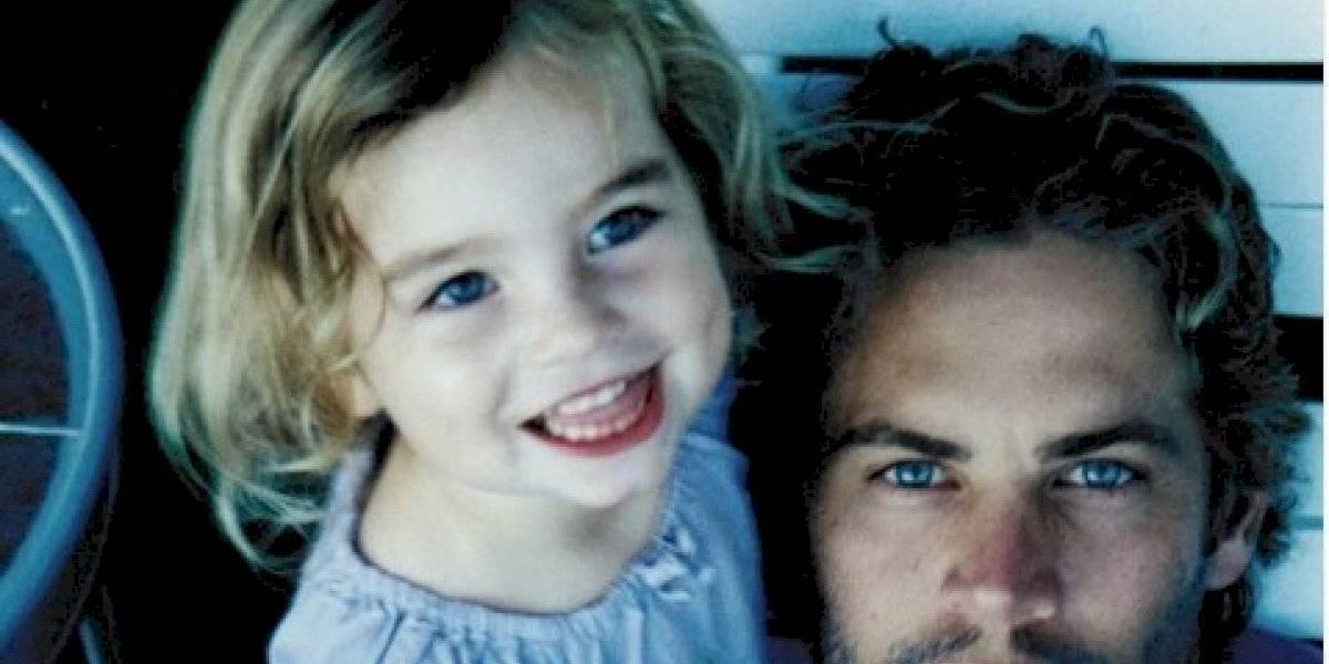 La hija de Paul Walker sorprende al aparecer en bikini