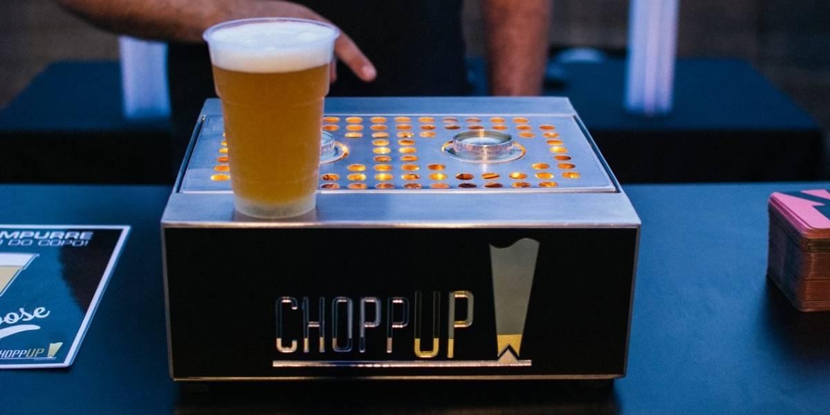 Día de la cerveza: brasileños inventan máquina schopera que sirve los vasos por debajo