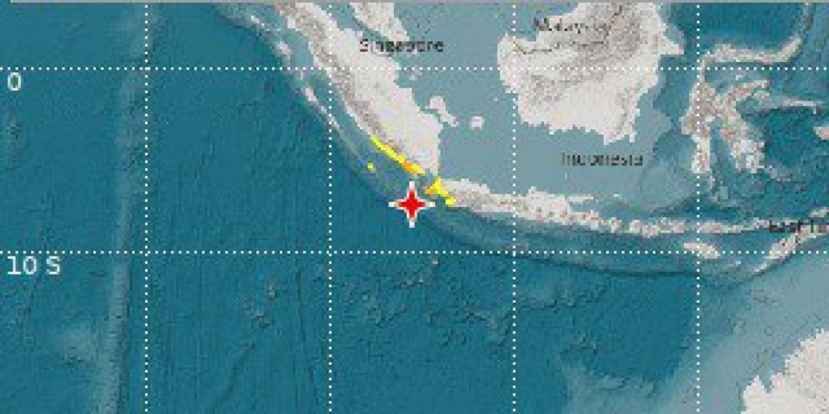Terremoto magnitud preliminar 7.4 en Indonesia; emiten alerta de tsunami
