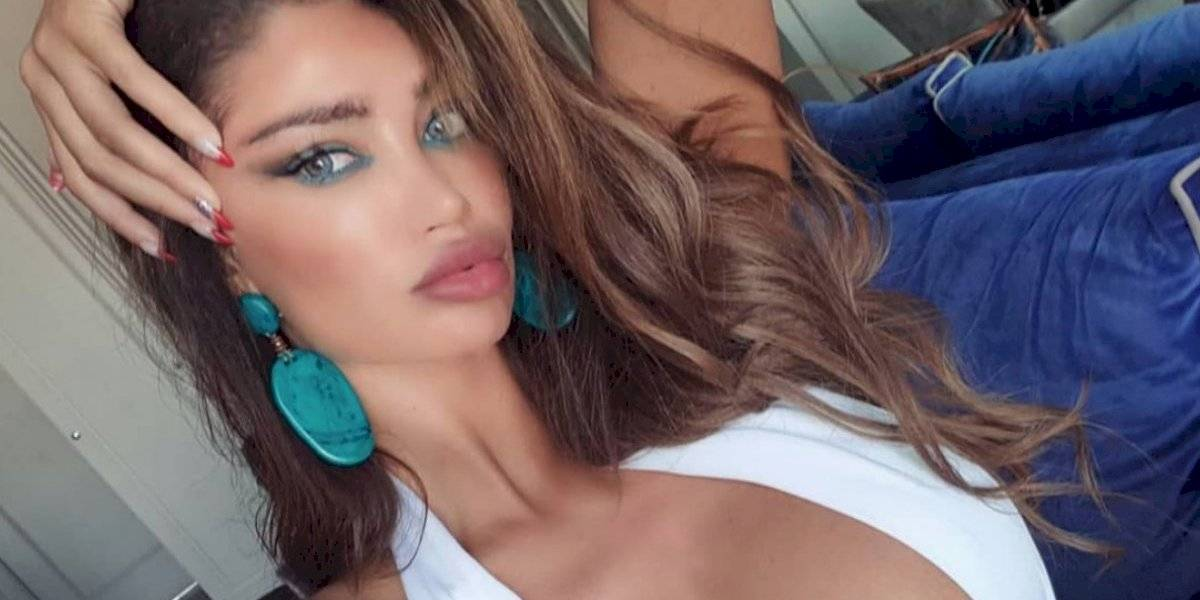 VIDEO: Ex novia de Neymar estrella su Lamborghini en una piscina