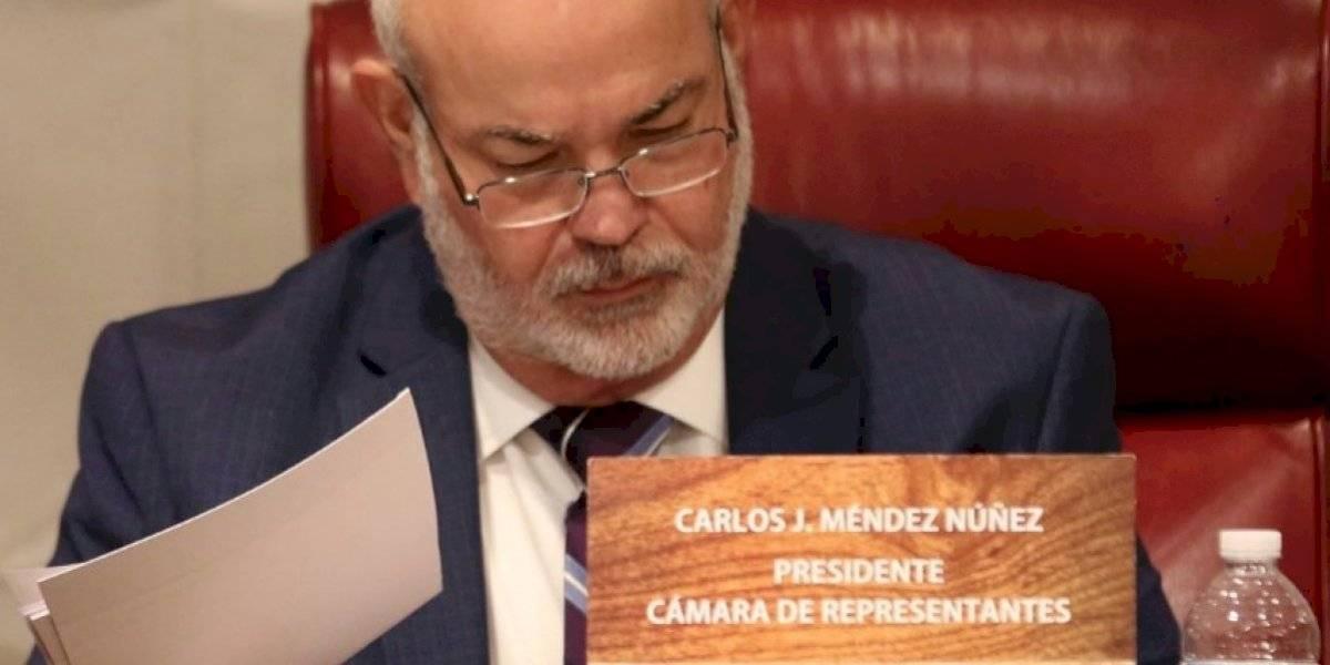"""Johnny"" Méndez votará en contra de Pierluisi"