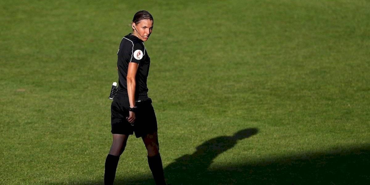 Stéphanie Frappart será la primera mujer en arbitrar una Supercopa de Europa