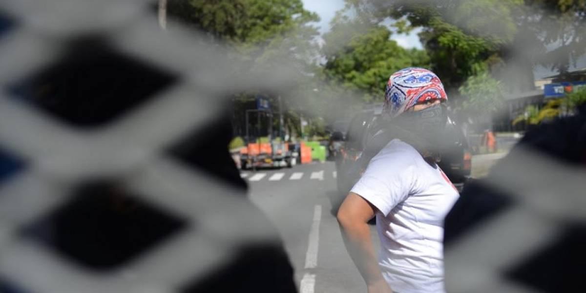 Manifestantes se pronuncian por la toma de sedes de la Usac