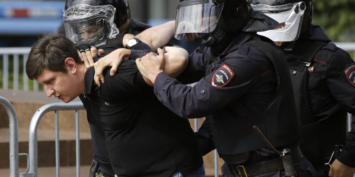 Nuevas protestas en Moscú inician con arrestos masivos