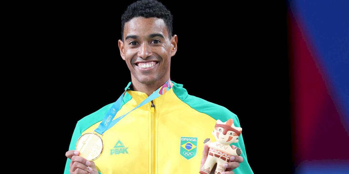 Pan-Americano: Ygor Coelho conquista ouro inédito no badminton