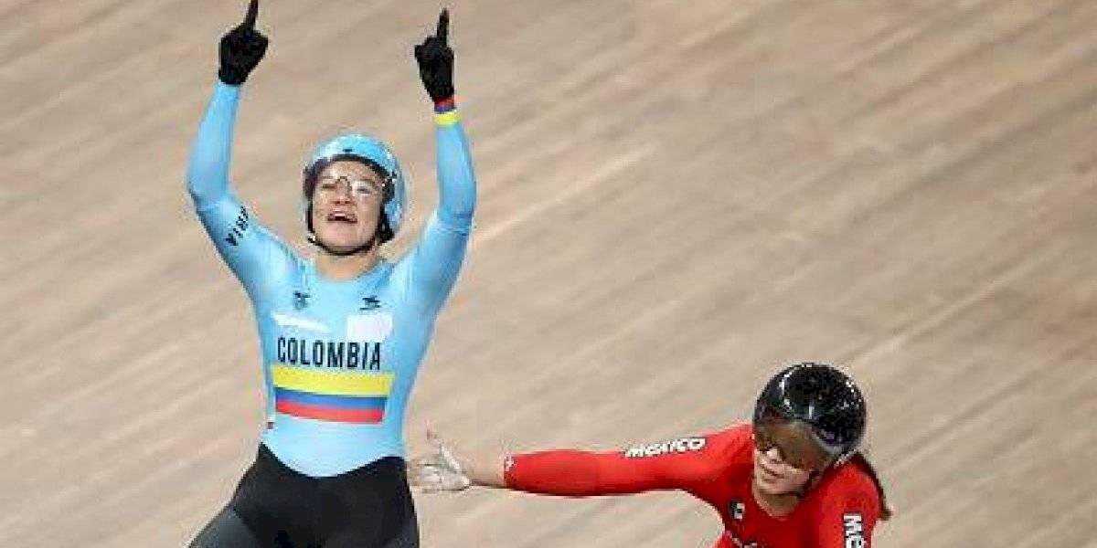 VIDEO: ¡Preocupante! Colombiana se desvanece después de competir en ciclismo