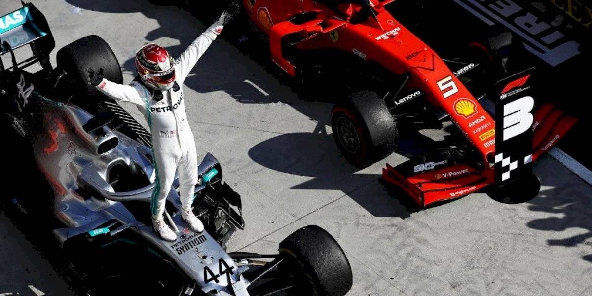 Mercedes da un golpe maestro para que Hamilton supere a Verstappen a tres vueltas del final en Hungría