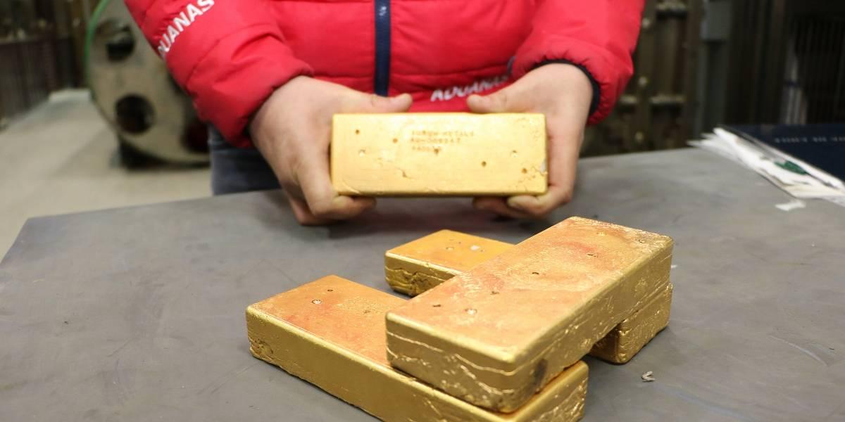 Subasta de Aduanas remató lingotes de oro por más de $200 millones
