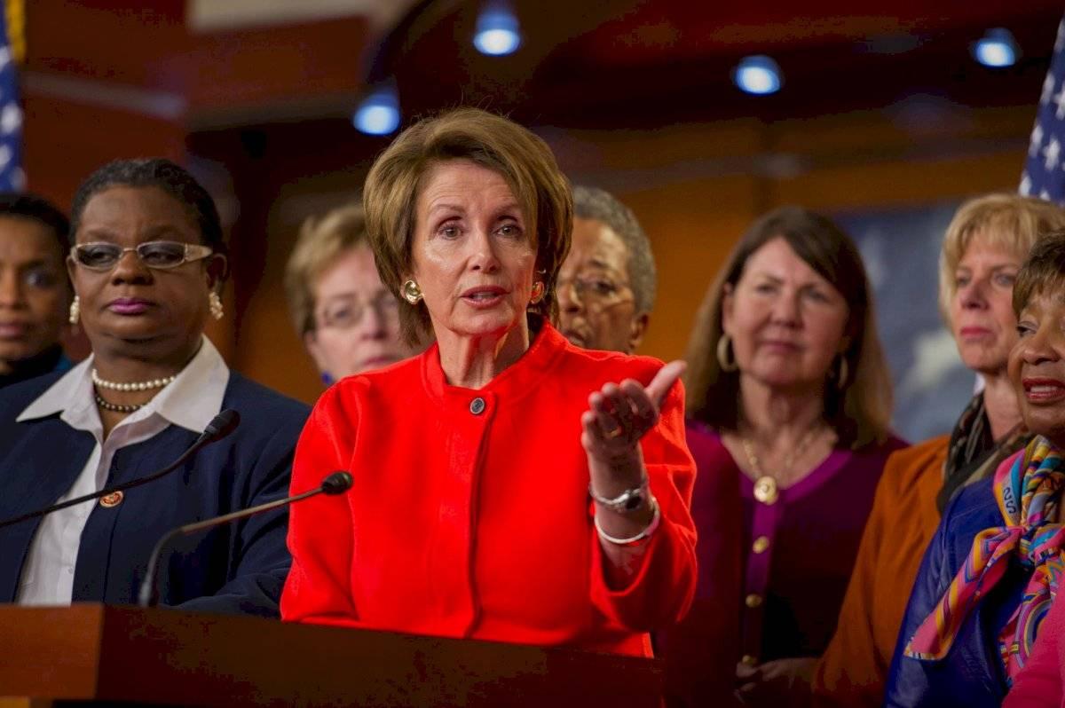 Nancy Pelosi es la congresista que dirige la oposición contra el presidente estadounidense. Foto: Facebook