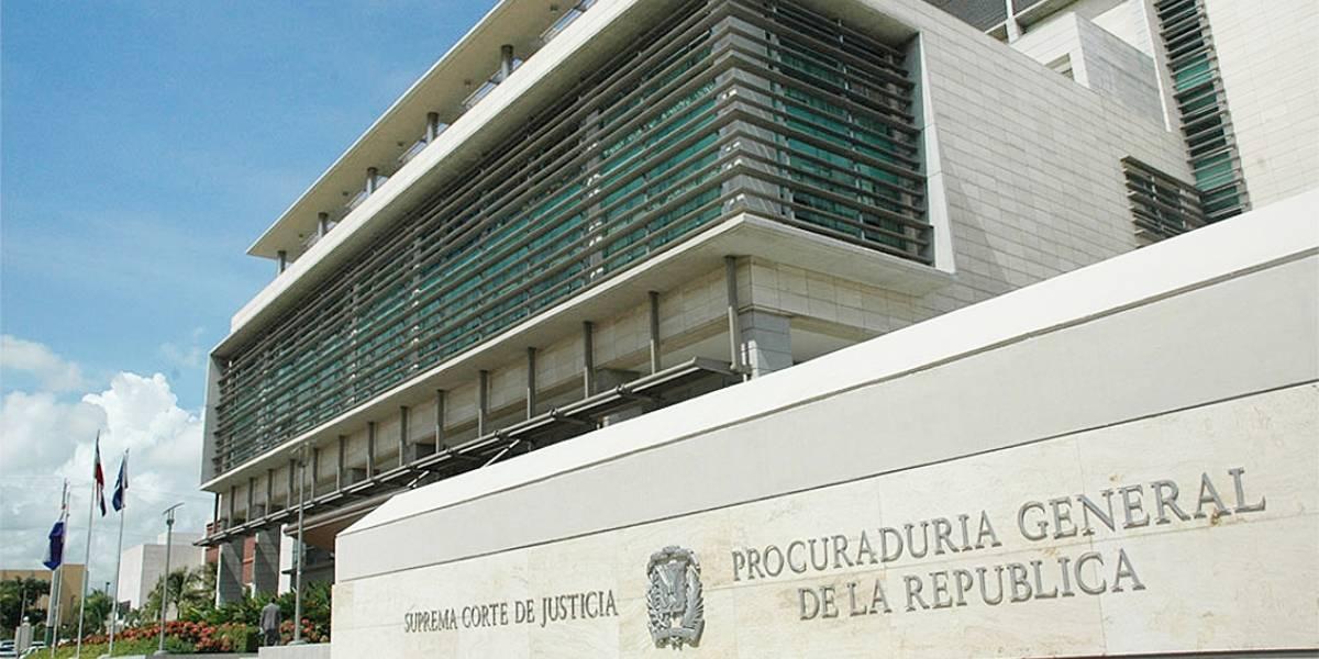 Procuraduría suspende temporalmente fiscal de Villa Vázquez por caso de droga en peluquería