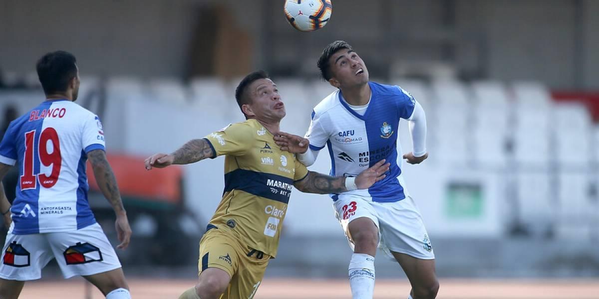"""Antofagasta rescata empate ante Everton y mete a la U en zona de descenso antes de una """"final"""" decisiva entre ambos"""