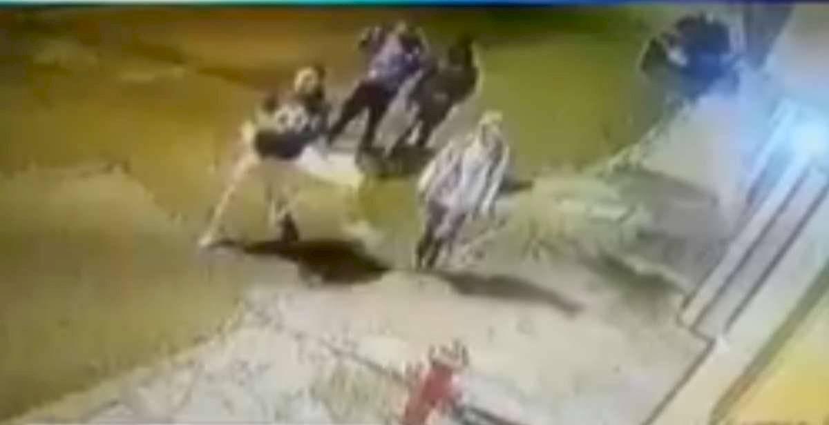 Tres personas fueron condenadas por asesinato de turista ruso en el barrio La Tola, Quito Internet