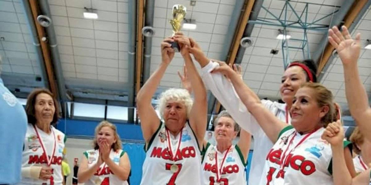 Abuelitas mexicanas ganan título mundial de baloncesto