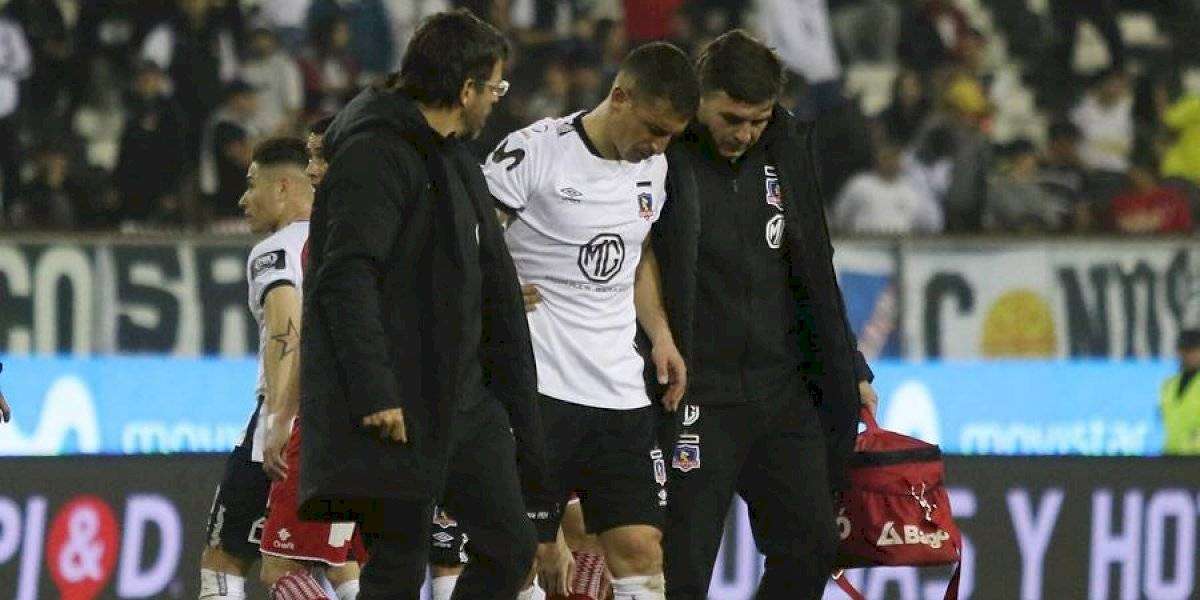 Carlos Carmona sufrió un desgarro y le añadió otro problema al mal momento de Colo Colo