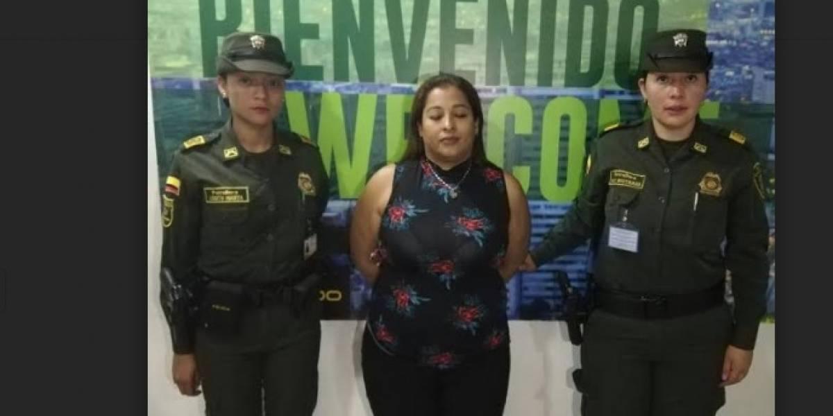 Atrapan mujer en el Aeropuerto El Dorado con cocaína líquida implantada en sus piernas
