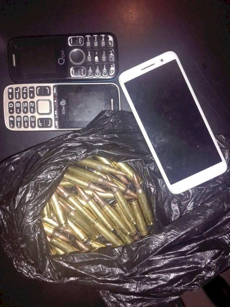 lanzan artefacto explosivo en tienda en Boca del Monte