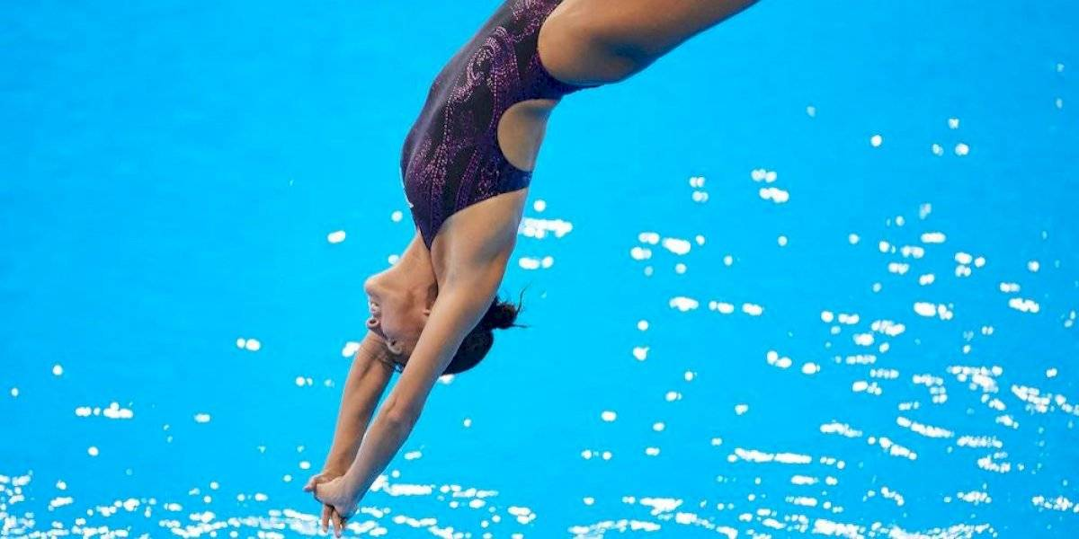 """Paola Espinosa realiza clavado de """"panzazo"""" en los Juegos Panamericanos"""