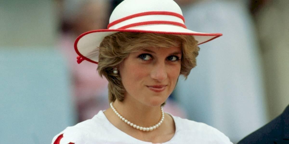As tendências de looks dos anos 80 que foram utilizados pela princesa Diana