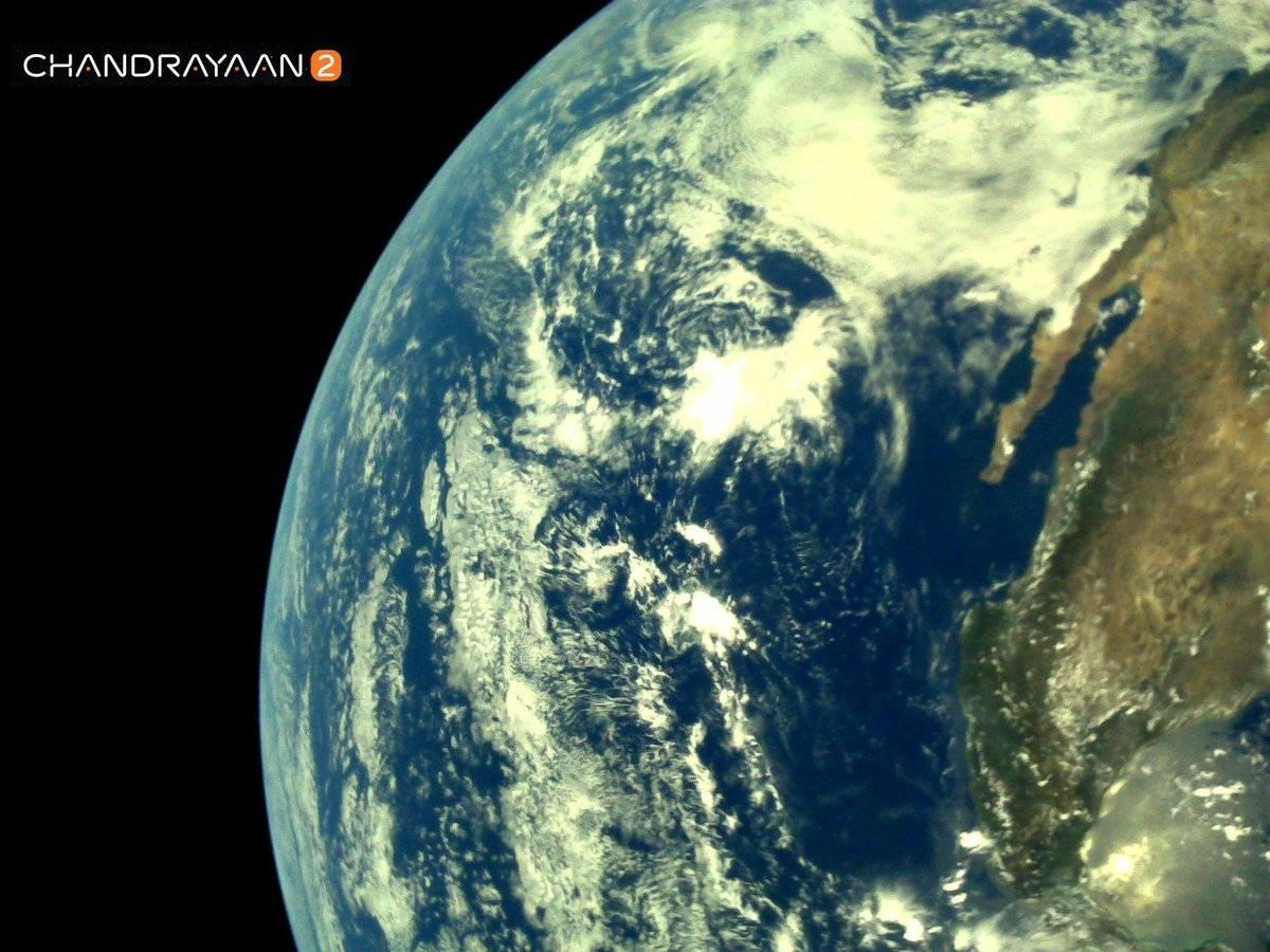 Misión India publica las primeras imágenes de la Tierra a más de 5.000 km de distancia