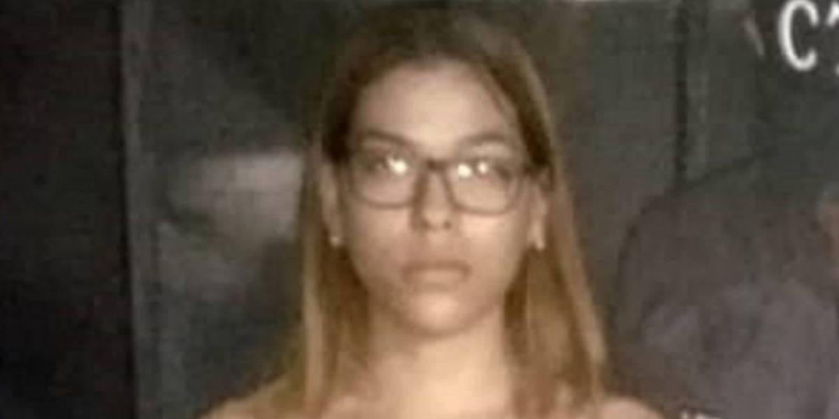 Profesora de 23 años abusó sexualmente de niño de 10 años en colegio católico