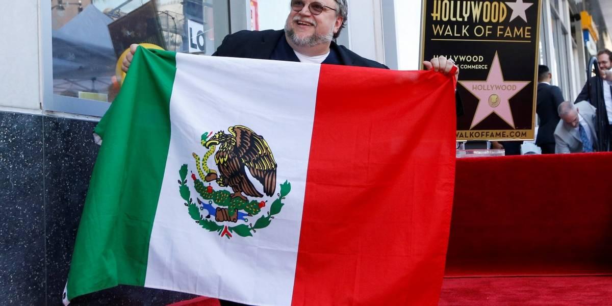 Cineasta mexicano Guillermo del Toro ganha estrela na Calçada da Fama