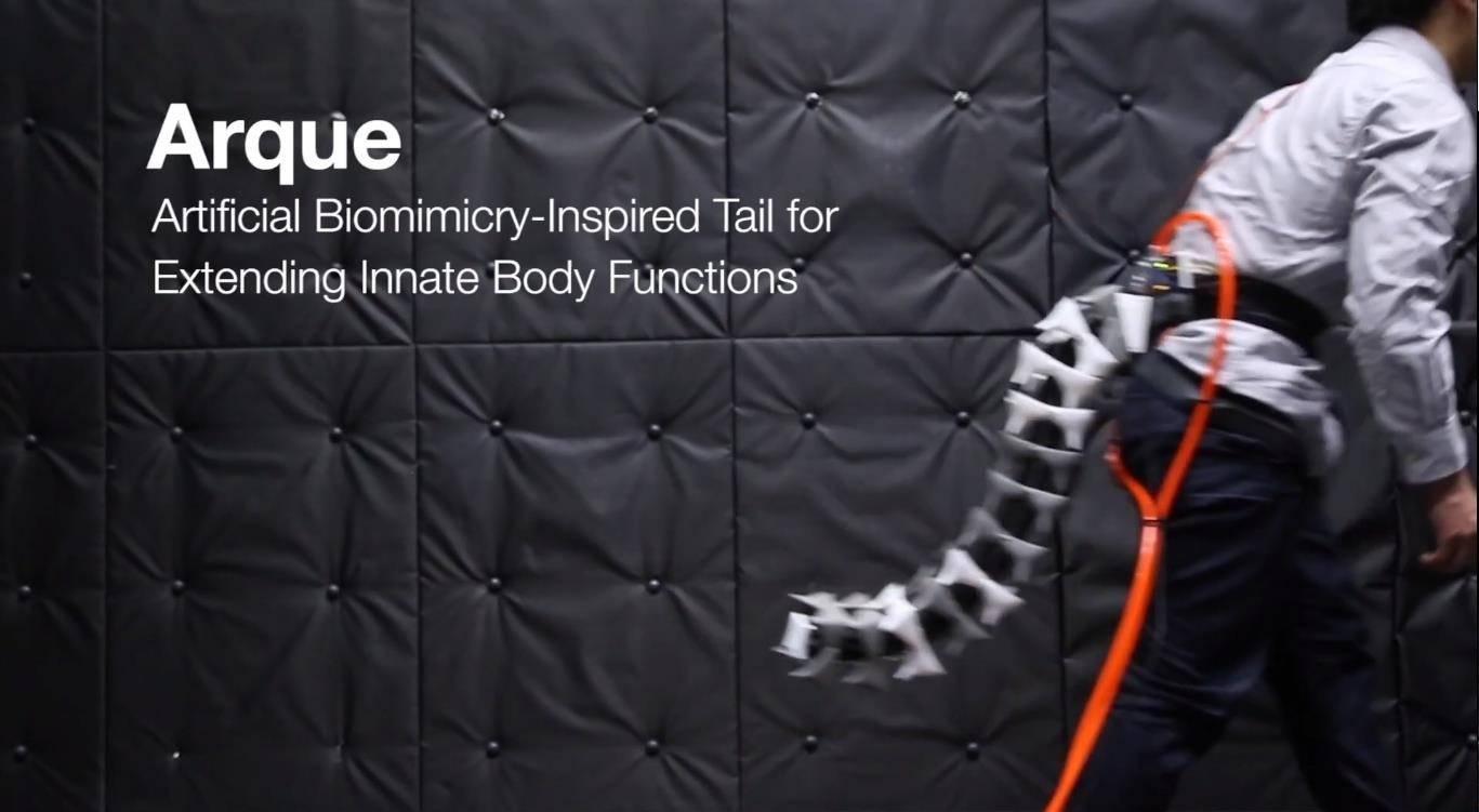 Científicos crean cola robótica que ayuda a mejorar la agilidad y el equilibrio de las personas